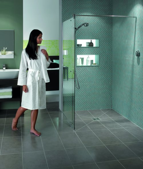 click on AQUA4MA Wetroom Panels image to enlarge